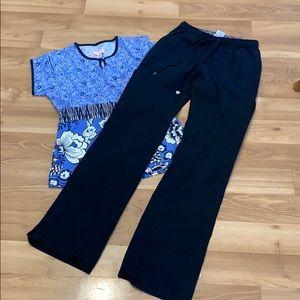 Koi's scrub set black pant blue top size S/XS